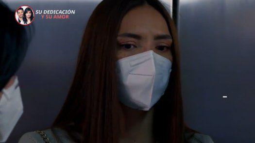 ENFERMERAS | Gloria dice en frente de todos que Carlos se quedó cuidando a Helena