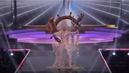 Miss Universo: Carmen Jaramillo en la competencia de trajes típicos