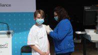 EE. UU. comienza a vacunar a adolescentes de 12 a 15 años