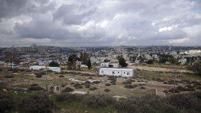 Israel aprueba viviendas para asentamientos