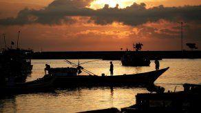 La UE saca tarjeta amarilla a Ecuador por pesca ilegal