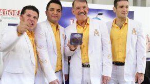 La Arrolladora Banda el Limón pide no poner trabas a narcocorridos