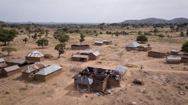 Hombres armados atacan una escuela en Nigeria y secuestran a estudiantes