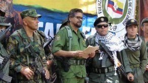 Gobierno asegura que alianza con FARC cerraría posible diálogo de paz con ELN