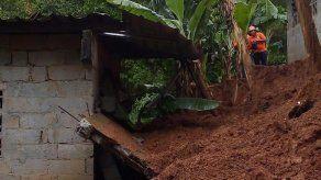 Sinaproc y Miviot inspeccionaron afectaciones tras colapso de muro de contención en Cerro Silvestre