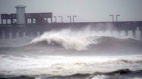 El huracán Sally toca tierra cerca de Gulf Shores