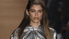 Victorias Secret contrata a su 1ra modelo trans