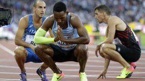 Makwala corre en solitario y pasa a semis en 200 metros