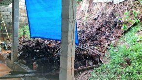 Se registra deslizamiento de tierra en Cerro Silvestre