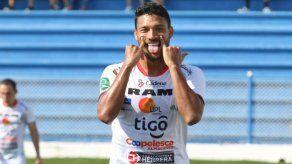 Jorman Aguilar celebró su 8vo gol con San Carlos en Costa Rica