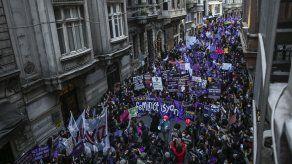 Turquía: 13 detenidos por insultos a Erdogan el 8 de marzo