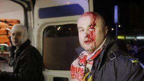Policía ucraniana agrede a manifestantes en Kiev