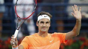 Federer arrasa a Coric y alcanza su décima final en Dubai