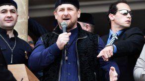 Presidente checheno amenaza a millonario ruso por apoyar a Charlie Hebdo