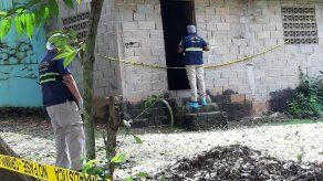 Investigan hallazgo de dos cadáveres