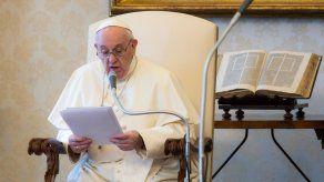 El papa Francisco desea así afirmar el principio de igualdad ante la justicia en el Vaticano de todos los miembros de la Iglesia,