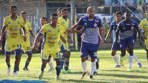 Panameño Ameth Ramírez anota su primer gol en El Salvador
