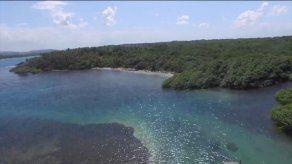 Abogado advierte sobre riesgos de aprobarse concesión para bunkering en Bahía Las Minas