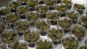 El cannabis recreativo, ahora legal en 16 estados de Estados Unidos y Washington DC, también sigue estando prohibido a nivel federal.