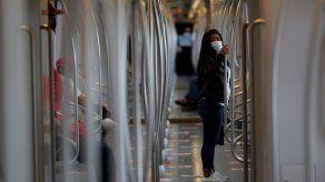 Minsa insta al uso de pantallas faciales en transporte público
