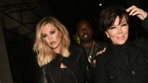 Khloé Kardashian se disfraza de Kris Jenner para hacerle una broma