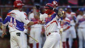 Yadier Molina comanda triunfo de Puerto Rico sobre Venezuela