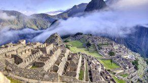 Machu Picchu y líneas de Nazca cierran por COVID-19 en Perú