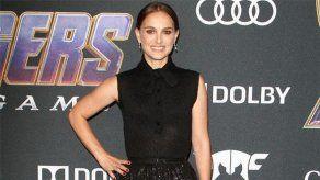 Natalie Portman no comprende la obsesión por verla con un pañal puesto
