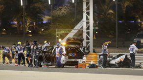 Grosjean se pierde carrera tras choque