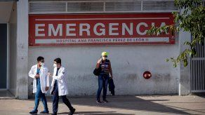 Venezuela se mantiene, según organizaciones nacionales e internacionales, en los últimos puestos de Latinoamérica en inmunización contra la covid-19.