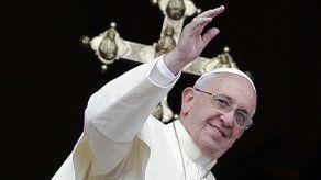 Papas Francisco y Benedicto almuerzan juntos