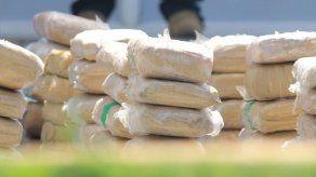 Hallan 122 paquetes de presunta droga dentro de un carro en Juan Díaz