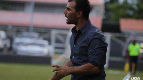 Patricio Sampó el primer técnico del Apertura 2019 en caer