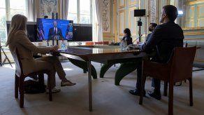 Durante su intervención en la Cumbre sobre el Clima organizada por Washington de forma virtural, Emmanuel Macron calificó de histórico el anuncio del presidente estadounidense, Joe Biden, de que EE.UU. recortará a la mitad sus emisiones de efecto invernadero para 2030.