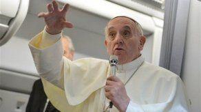 Otro llamamiento del papa Francisco en Twitter: Queremos un mundo de paz