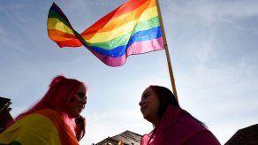 Islas Caimán legaliza las relaciones homosexuales como uniones civiles