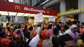 EEUU: Anuncian paro en locales de comida rápida