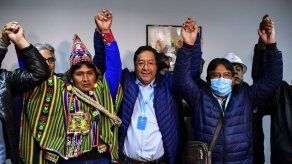 Arce toma las riendas de una Bolivia polarizada y en crisis económica