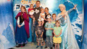 Juguetes de Frozen y los parques impulsan beneficios de Disney
