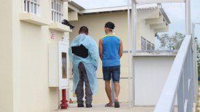 Casos de COVID-19 en centros penitenciarios se elevan a 129