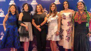 Lila Downs y Dayanara Torres celebran el poder de las mujeres en Latin Grammy