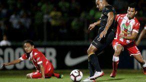 Armando Polo le da la clasificación al Santa Tecla en Liga Concacaf
