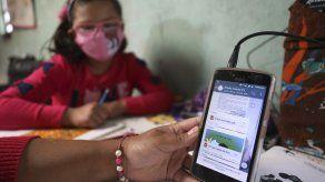 Biblioteca rural ayuda a niños sin internet en Colombia