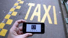 Los taxistas vuelven a tomar las calles de Buenos Aires contra Uber y Cabify