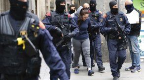 Barcelona: Policía allana guaridas de narcos; 30 arrestados