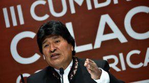 Evo Morales insta a Obama a levantar bloque en Cumbre de las Américas