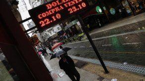 Gobierno España respalda medida de Argentina con FMI compensar caída peso