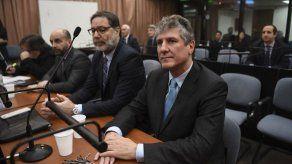Condenan a exvicepresidente de Cristina Kirchner en una causa y lo absuelven en otra