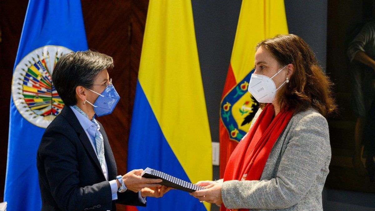 La delegación de la CIDH también se reunió en Bogotá con la vicepresidenta y canciller, Marta Lucía Ramírez, y con la alcaldesa de la capital, Claudia López, y concluyó su paso por la ciudad de Cali, epicentro de las manifestaciones y donde se han presentado los hechos más graves de violencia.