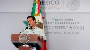 Presidente de México sugiere que el PRI cambie de nombre